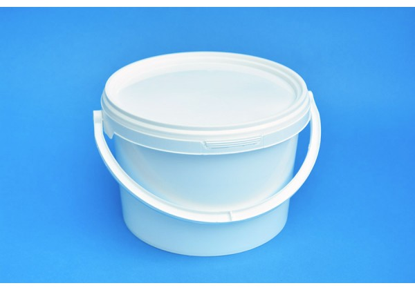3 LITRE WHITE BUCKET and LID
